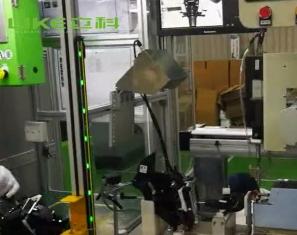 立科機器在阿茲米特